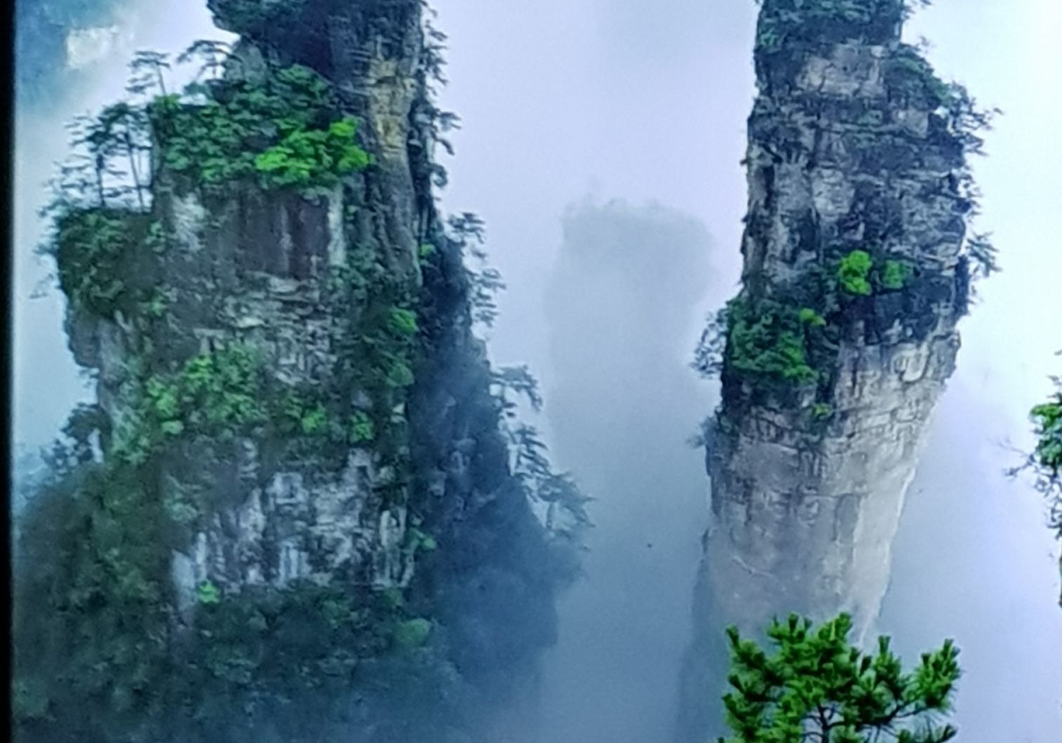Unique mountains at Tianzi Mountain, Zhangjiajie