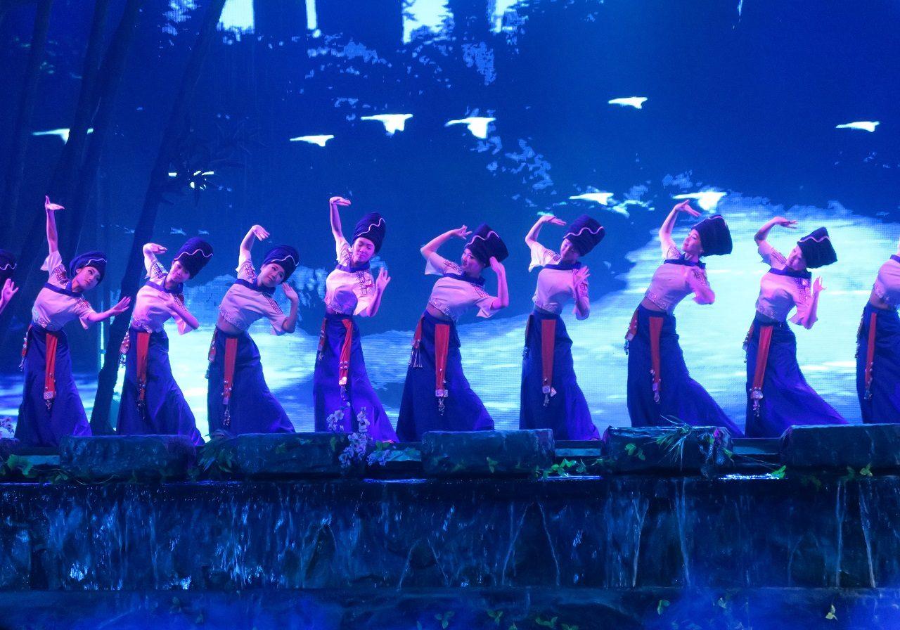 Zhangjiajie Charming Western Hunan Show